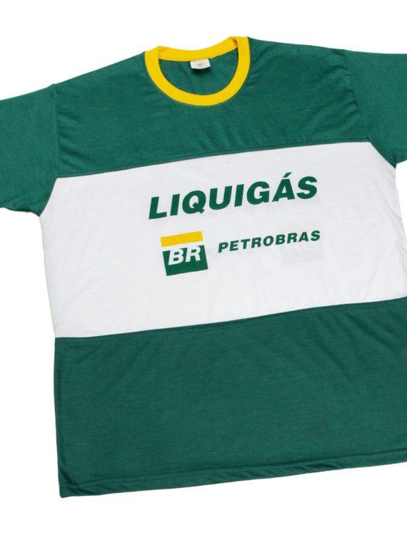 camiseta-em-malha-PV-com-recorte-frente-e-costa